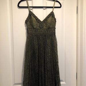 Green Lace Pleated Cocktail Dress
